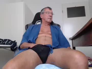 [15-10-20] 200gentleman private show from Chaturbate