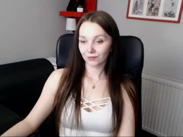 [28-02-20] beautyzoexx public webcam from Chaturbate