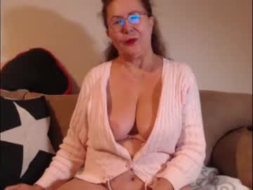 [21-10-21] hornymommyx record video with dildo from Chaturbate.com