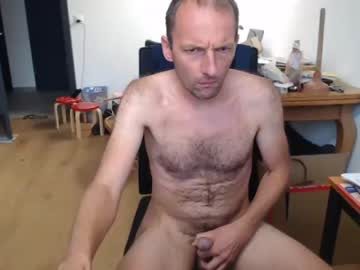 [19-12-20] crisup1980 record video with toys from Chaturbate.com