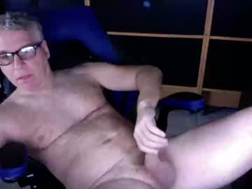 [18-02-20] naughtydaddyla public show from Chaturbate.com