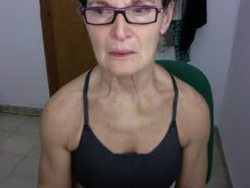 [06-03-20] sexyfit58 video with toys