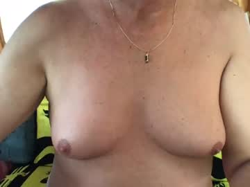 [09-08-20] joueuse69 nude record