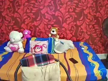 [30-10-20] megan_jhon_lovers record video with toys