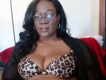 [25-05-20] nina2745 public show video from Chaturbate