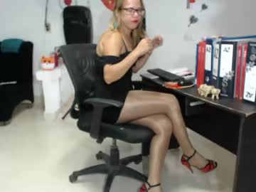 [22-01-20] mikahlatin_ private XXX video from Chaturbate