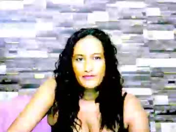 [24-02-20] indianleah25 cam show from Chaturbate.com