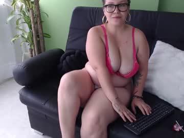 bethyboobs