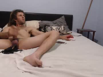 [11-08-20] yournewbisextoy record cam show from Chaturbate.com