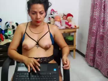 [25-05-20] sharlott_95 chaturbate blowjob video