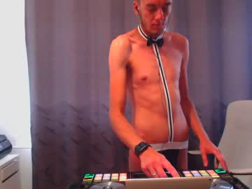 [03-06-20] mr_mrs_musik94 record show with toys from Chaturbate.com