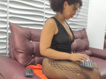 [22-05-20] pattymegan blowjob show from Chaturbate.com