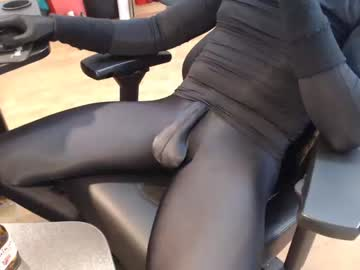 [06-07-20] lycraboy123 record webcam video from Chaturbate