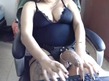 [15-05-20] naughtydoll9506 public show from Chaturbate.com