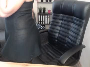 [10-08-20] bloody_mary_69 public webcam from Chaturbate