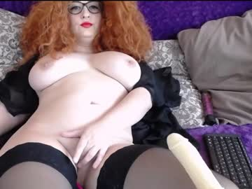 [19-01-20] ohevelynlike record video with toys from Chaturbate