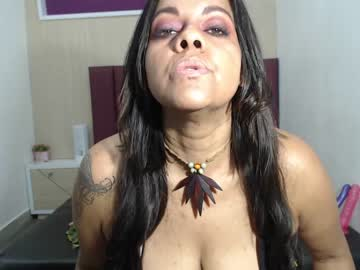 [27-10-20] gabriela_sanint public show video from Chaturbate.com