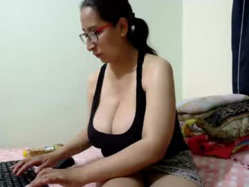 [24-11-20] sweet_waist44 public webcam from Chaturbate