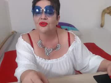 [02-12-20] yourladyforeverr public show from Chaturbate