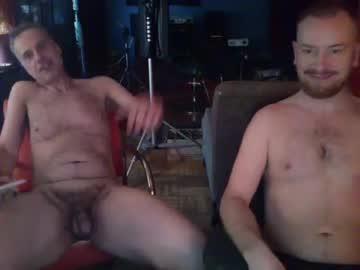 play45rpm naked n strokin' daddy wants u