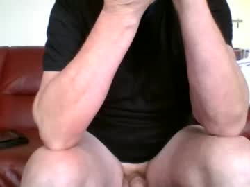 [18-02-20] hornygit61 video with dildo from Chaturbate