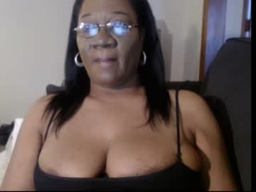 [16-01-21] nina2745 public webcam video from Chaturbate.com