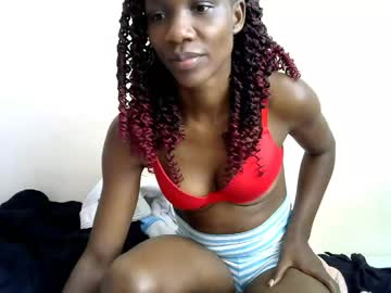 [31-10-20] cutteydiva record video with toys from Chaturbate.com