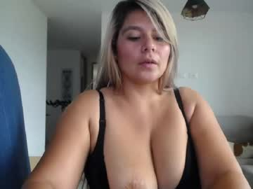 [03-04-20] isabelledolly private XXX show