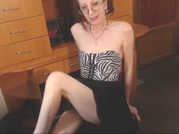 [24-01-20] camelia4you record show with toys from Chaturbate