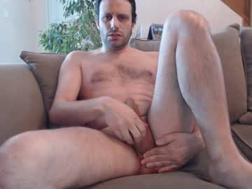 [13-05-20] bodyboy31 public show video from Chaturbate.com