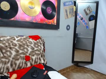 [06-01-20] tori_black_02 public webcam video