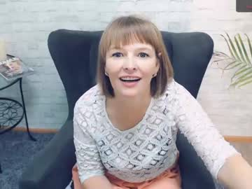 [22-10-20] julia__milf public webcam