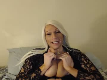 [07-04-20] bossbitch6969 public show from Chaturbate